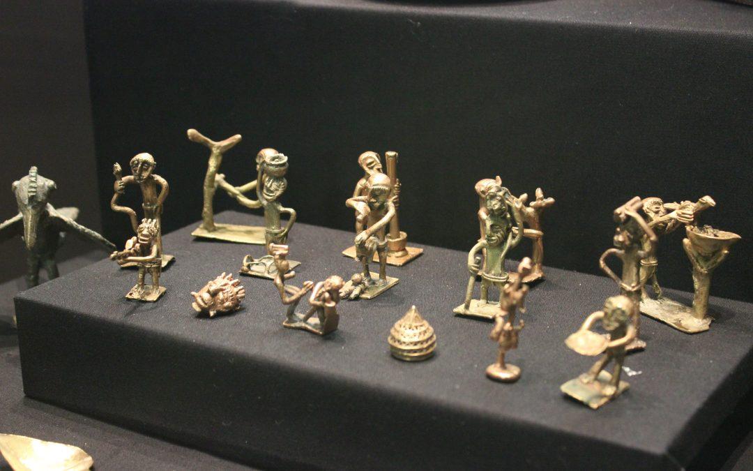 Akan goldweights: Tools of Persuasion